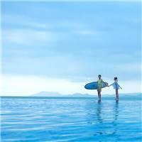 海天一色,浪漫在海边,你我牵手一生.