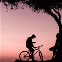 简单爱,动漫情侣骑单车唯美图片