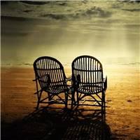 人生能相遇,已是不易; 心灵若相知,更要珍惜! 感情,有时是一种自伤.